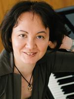<p> Elena Tolstykh<br /> (Art Director)</p>
